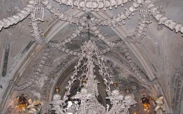 Kostnice v Kutné Hoře - Sedlci / Ossuary at Kutna Hora - Sedlec