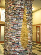 Idiom - studna z knih v Městské knihovně