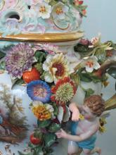 Předjaří v Královské zahradě - váza Míšeň - detaily výzdoby